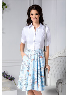 Fusta Iuliana cu dungi alb bleu si detalii florale